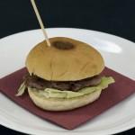 Mini hamburguesa.