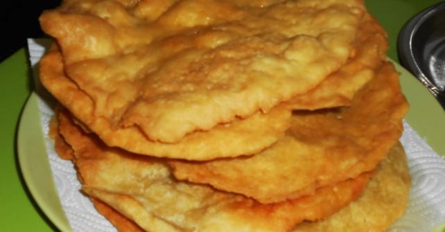 ¿Cómo hacer Cocas Fritas de Jijona?
