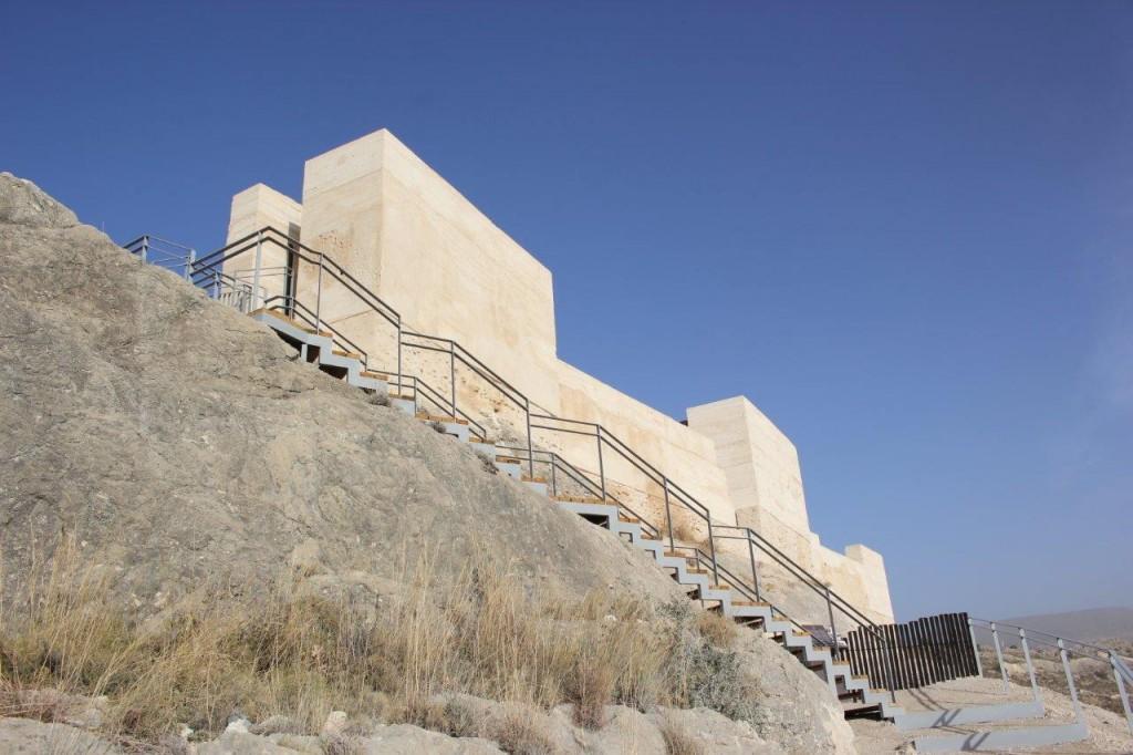 castillo de xixona restauracion